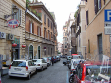 http://www.touritalynow.com/images/rome_street_with_cars.jpg