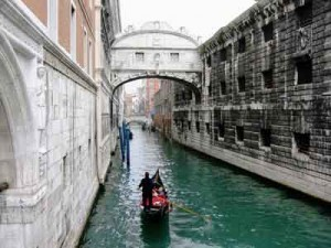 The Bridge of Sighs, one of many recent Venice's restoration projects.