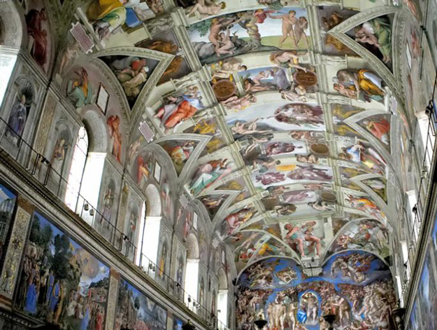 The magnificent Sistine Chapel, a must-see for sightseeing