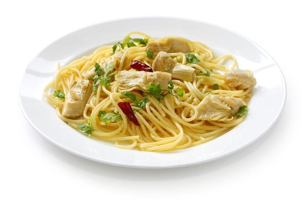 spaghetti with artichoke hearts , italian pasta dish