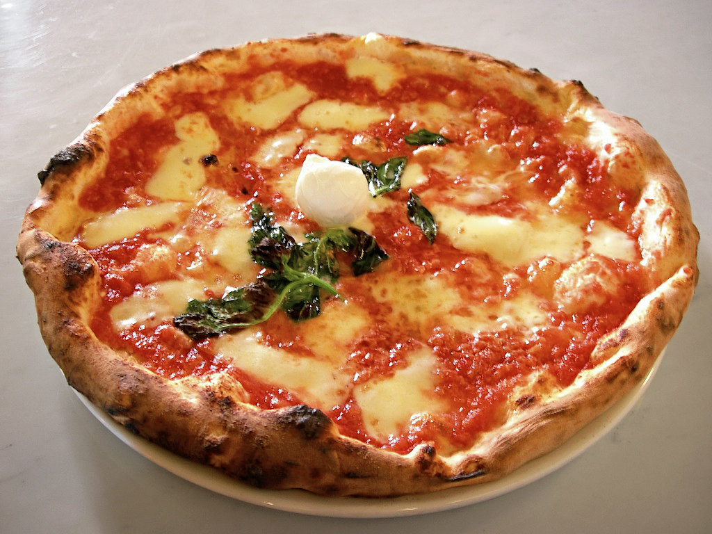 pizza margherita neapolitan italy