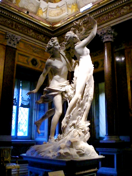 Apollo_and_Daphne_Bernini