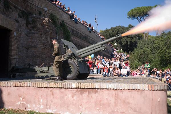 Gianicolo cannon Rome