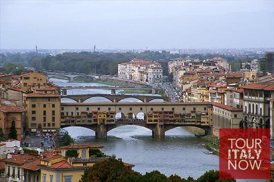 ponte vecchio bridge florence italy - aerial view