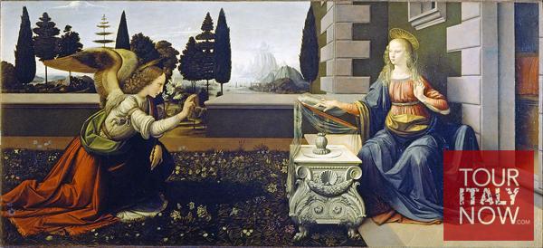 uffizi gallery museum florence italy - anunciationn painting by leonardo da vinci