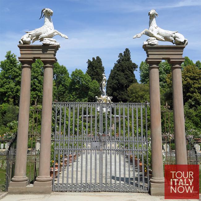 boboli-gardens-florence-italy-gate-capricorn