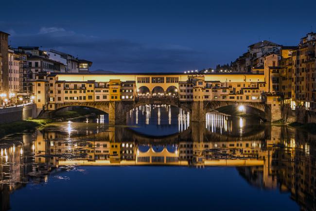 oltrarno-florence-italy-ponte-vecchio