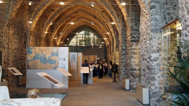 italy-travel-guide-amalfi-coast-amalfi-arsenal-museum