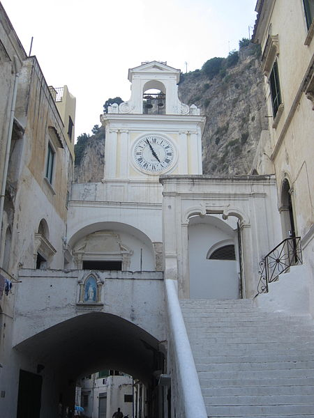italy-travel-guide-amalfi-coast-atrani-Chiesa_di_San_Salvatore
