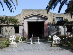 italy-travel-guide-amalfi-coast-herculaneum-deer-house