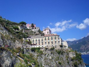 italy-travel-guide-amalfi-coast-ravello-view