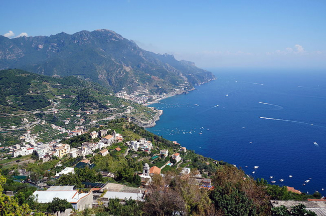 italy-travel-guide-amalfi-coast-ravello-vista
