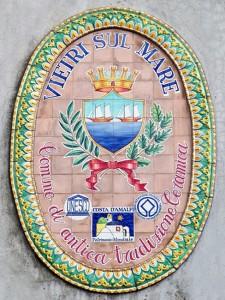 italy-travel-guide-amalfi-coast-vietri-sul-mare-maiolica-tile