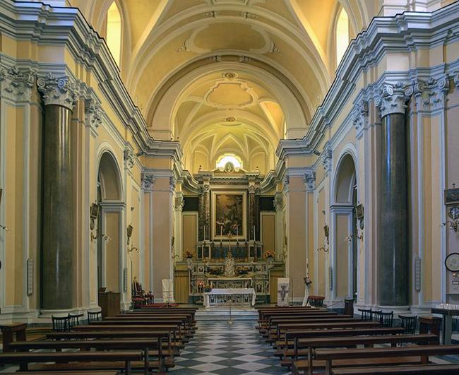 italy_travel_guide_amalfi_coast_sorrento_chiesa_san_francesco
