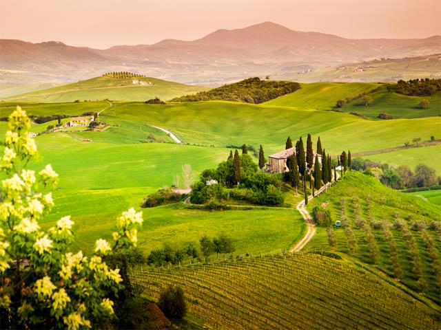 Tuscany agriturismo landscape