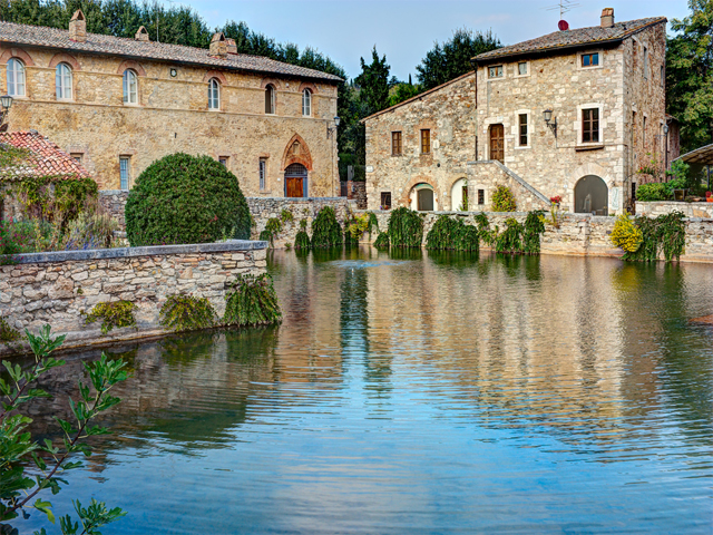 Weddings in tuscany all you need to know tour italy now - Bagno vignoni siena ...