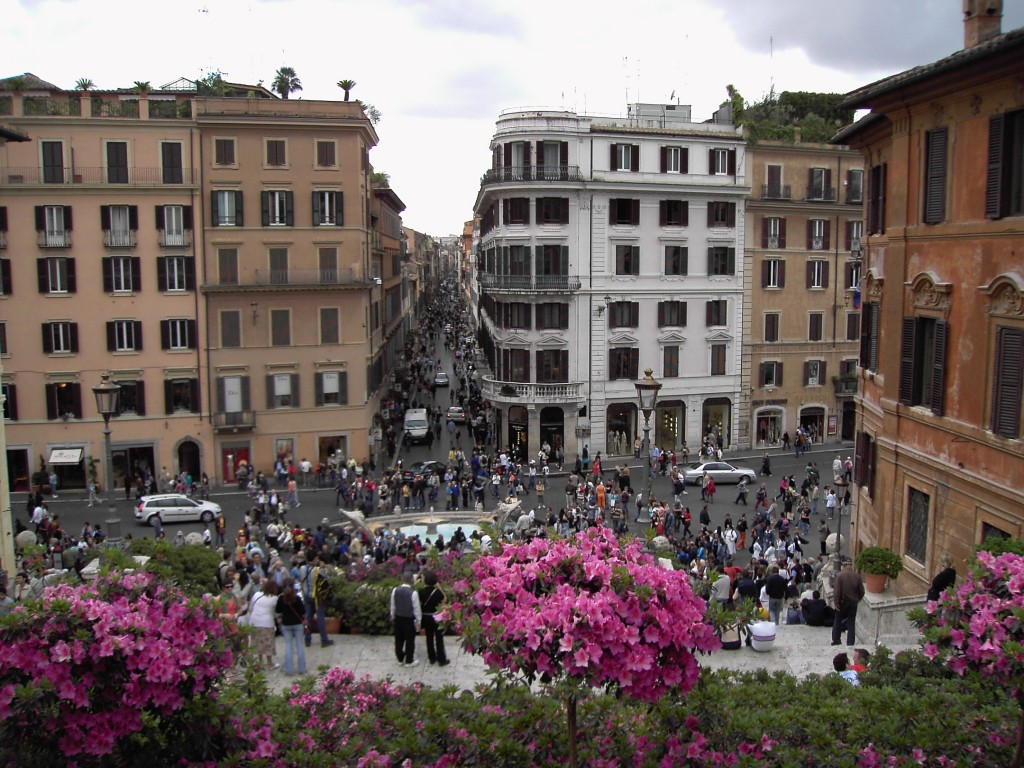 Spanish steps travel guide tour italy now for Mac roma via del corso