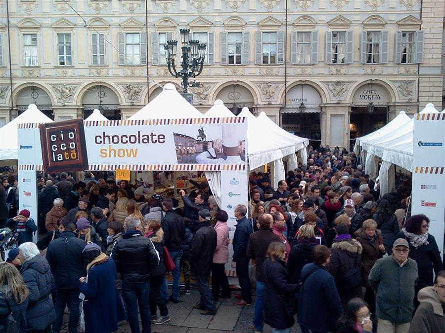 Turin chocolate festival audience