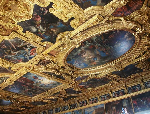 doge_palace_venice_italy_interior