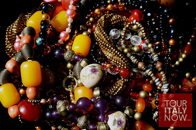 italy-autumn-fashion-beads-accessory-necklace