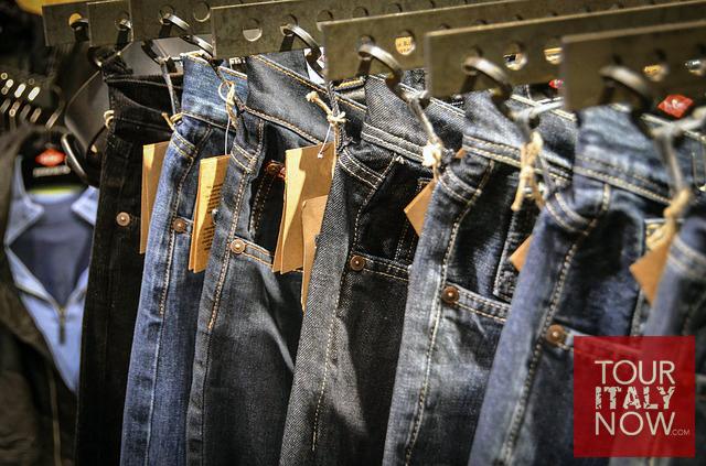 italy-autumn-fashion-jeans