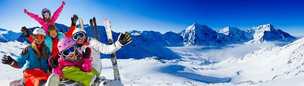Ski-snow-sun-and-winter-family