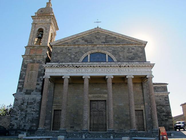 siena-italy-travel-guide-montalcino-duomo