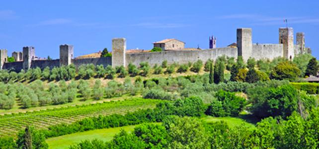 siena-italy-travel-guide-monteriggioni