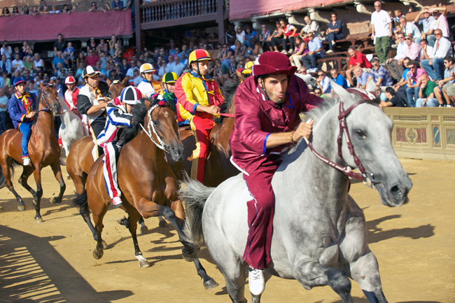 siena-italy-travel-guide-palio-jockey