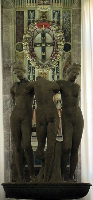 siena-italy-travel-guide-piccolomini-library-three-graces3