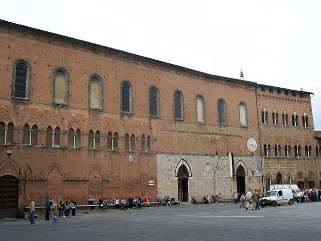 siena-italy-travel-guide-santa-maria-della-scala-hospital