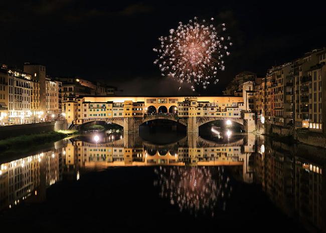 italy_italian_new_year_custom_tradition_ponte_vecchio