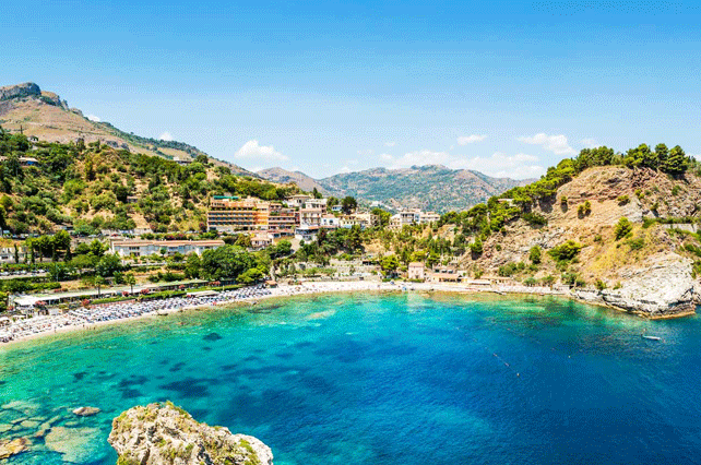 Isola Bella Beach, Sicily | Tour Italy Now