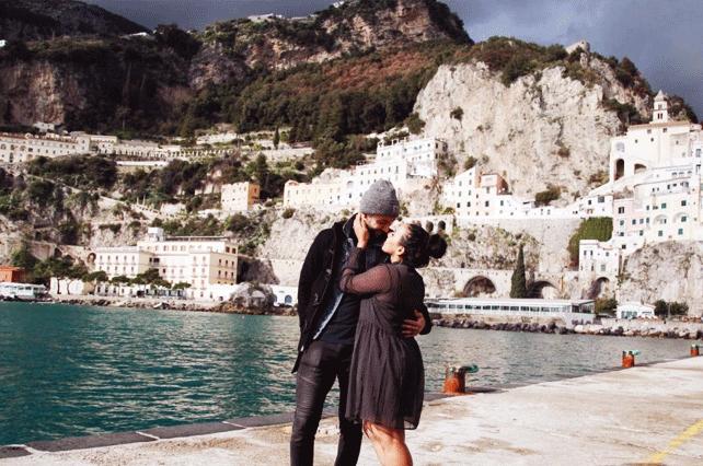 Couple-in-Amalfi-Coast | Tour Italy Now